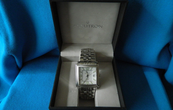 Bulova Accutron Automatic 25 Jewel #C876714 Square Face Men's Watch